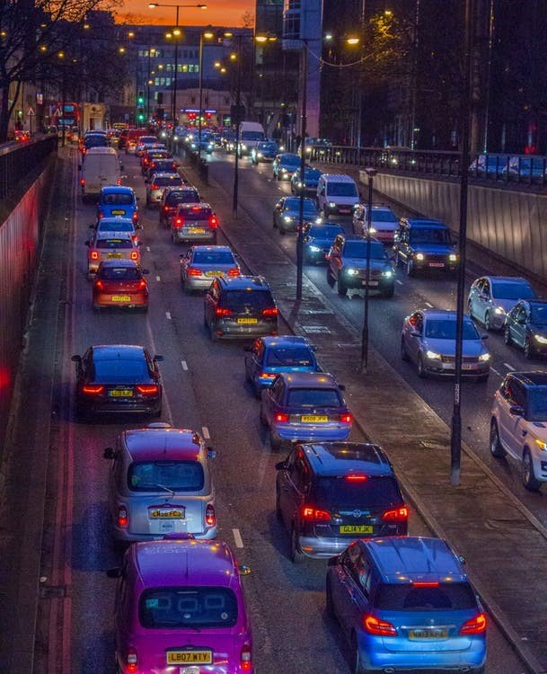 UK road users spent over 115 hours stuck in traffic during 2019