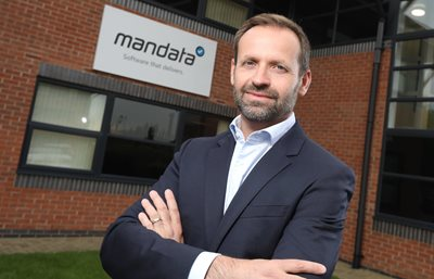 TMS leaders Mandata and Stirling combine to bring the best  of technology to the road haulage industry