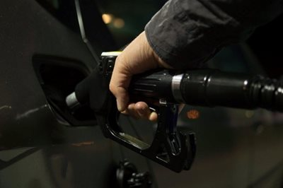 Fuel duty cuts demanded by RHA and FTA