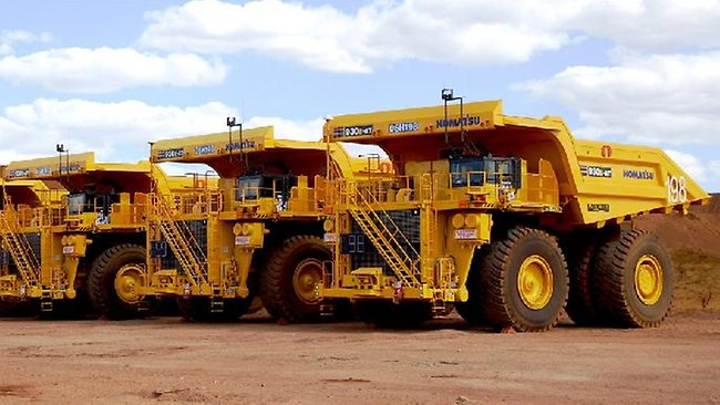Driverless-trucks-used-in-mining.jpg