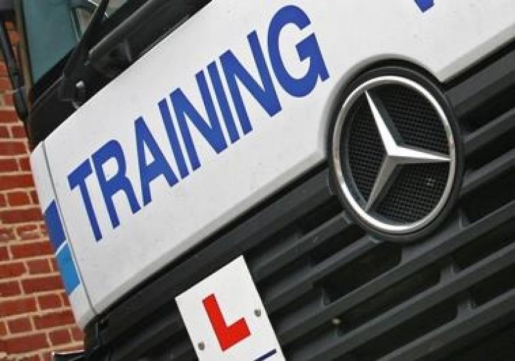 How to get a HGV licence for free