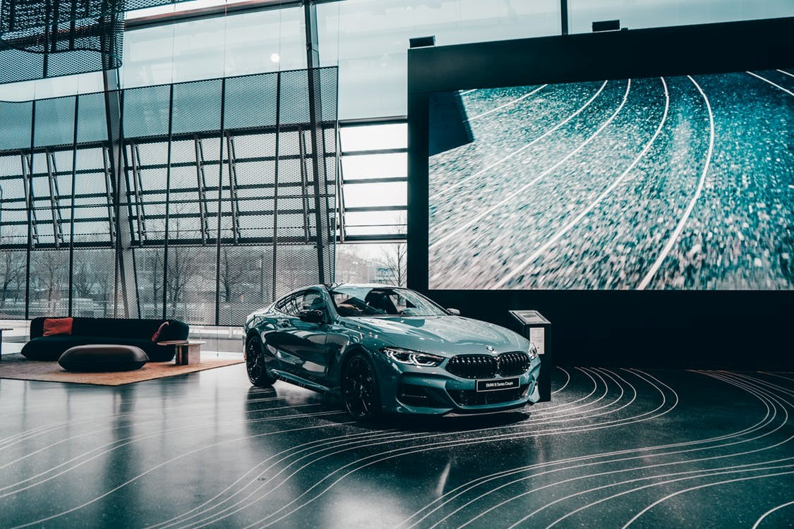 BMW and Daimler team up to develop self-driving vehicles by 2024